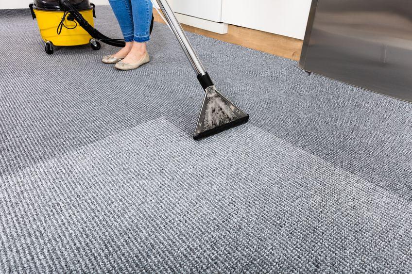 Polster- und Fußbodenreinigung